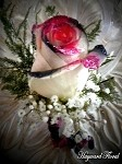BTN-040 Rose Boutonniere