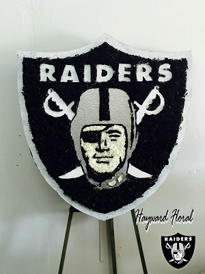 Oakland Raiders Shield (Black)