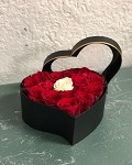Heart Box of Roses (V)